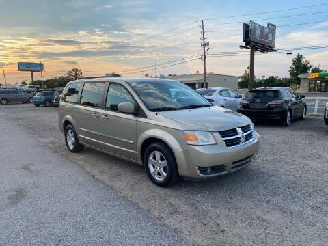 2008 Dodge Grand Caravan for sale at Lucky Motors in Panama City FL