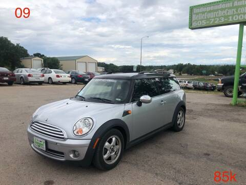 2009 MINI Cooper Clubman for sale at Independent Auto in Belle Fourche SD