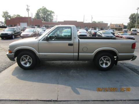 2001 Chevrolet S-10 for sale at Taylorsville Auto Mart in Taylorsville NC