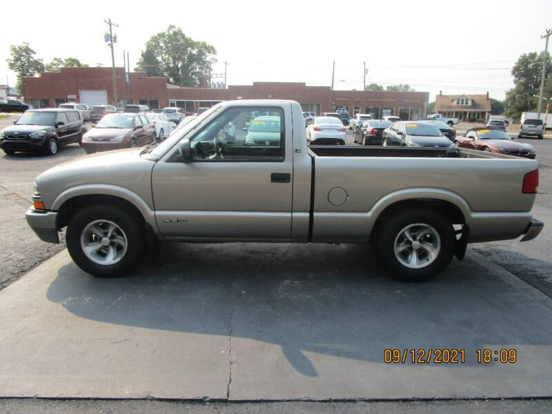 2001 Chevrolet S-10 for sale in Taylorsville, NC