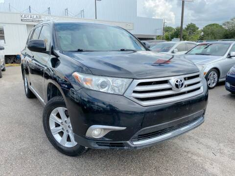 2013 Toyota Highlander for sale at KAYALAR MOTORS in Houston TX