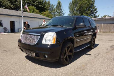 2009 GMC Yukon for sale at Leavitt Auto Sales and Used Car City in Everett WA