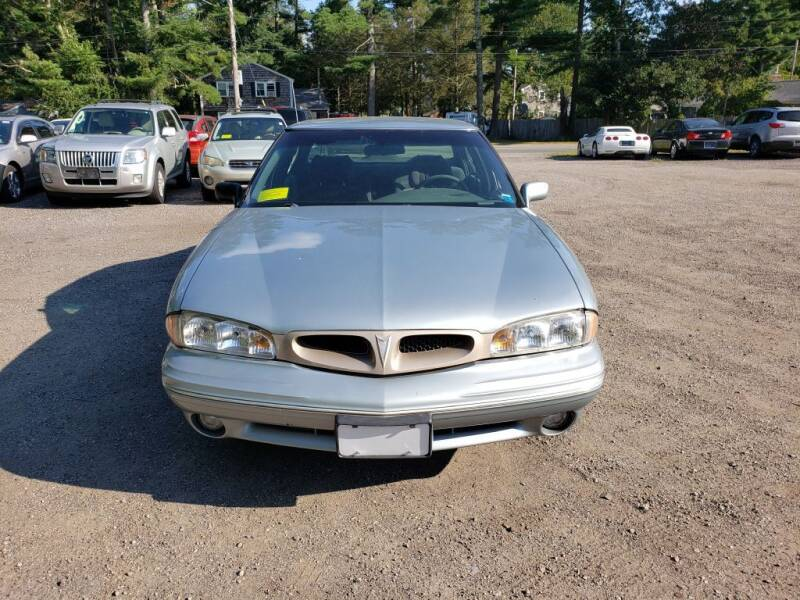 1997 Pontiac Bonneville for sale at 1st Priority Autos in Middleborough MA