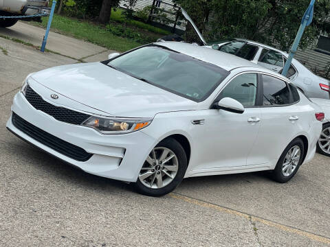 2016 Kia Optima for sale at Exclusive Auto Group in Cleveland OH