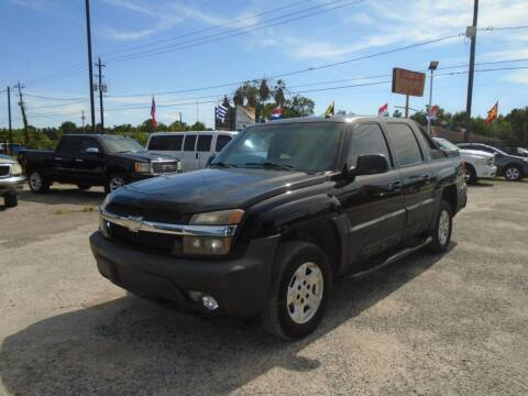 2005 Chevrolet Avalanche for sale at J & F AUTO SALES in Houston TX