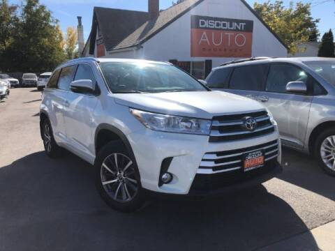 2017 Toyota Highlander for sale at Discount Auto Brokers Inc. in Lehi UT