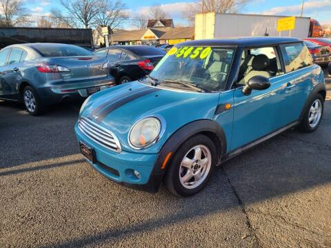 2009 MINI Cooper for sale at Costas Auto Gallery in Rahway NJ