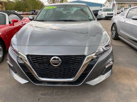 2020 Nissan Altima for sale at BEST AUTO SALES in Russellville AR