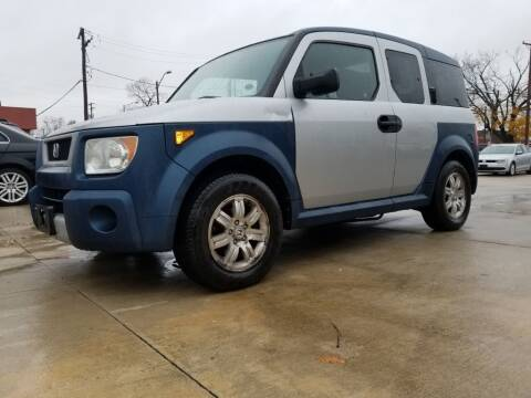 2006 Honda Element for sale at EURO MOTORS AUTO DEALER INC in Champaign IL