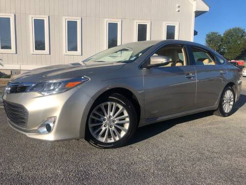 2014 Toyota Avalon Hybrid for sale at Beckham's Used Cars in Milledgeville GA