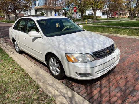 2000 Toyota Avalon for sale at RIVER AUTO SALES CORP in Maywood IL