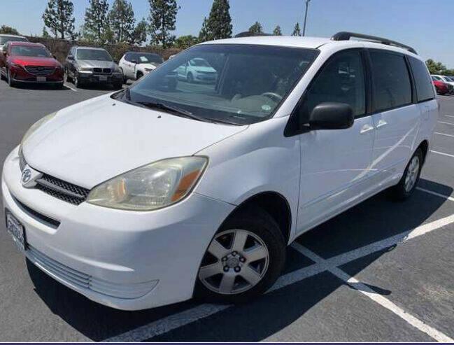 2005 Toyota Sienna for sale at Aria Auto Sales in El Cajon CA