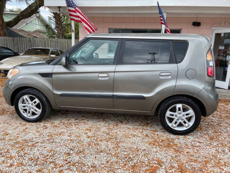 2010 Kia Soul for sale at D & D Detail Experts / Cars R Us in New Smyrna Beach FL