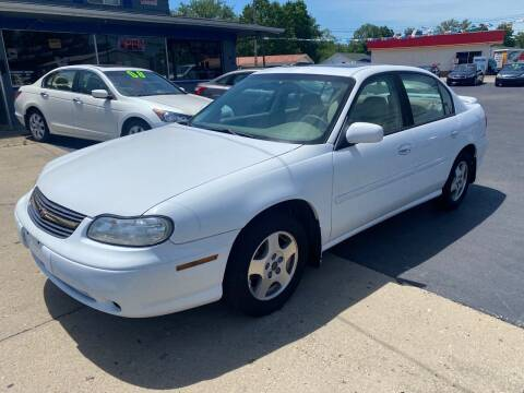 2002 Chevrolet Malibu for sale at Wise Investments Auto Sales in Sellersburg IN