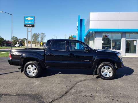 2015 Toyota Tacoma for sale at Krajnik Chevrolet inc in Two Rivers WI