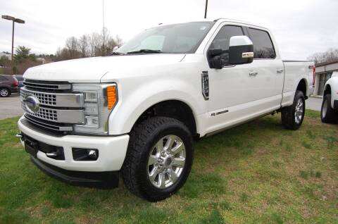 2017 Ford F-250 Super Duty for sale at Modern Motors - Thomasville INC in Thomasville NC