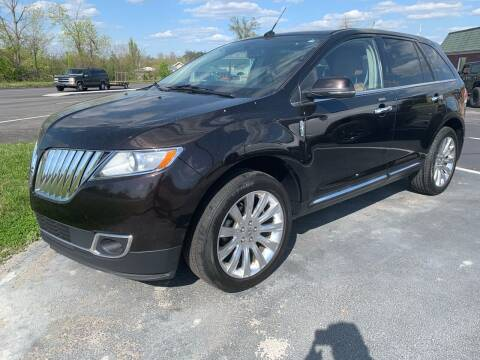 2013 Lincoln MKX for sale at HILLS AUTO LLC in Henryville IN