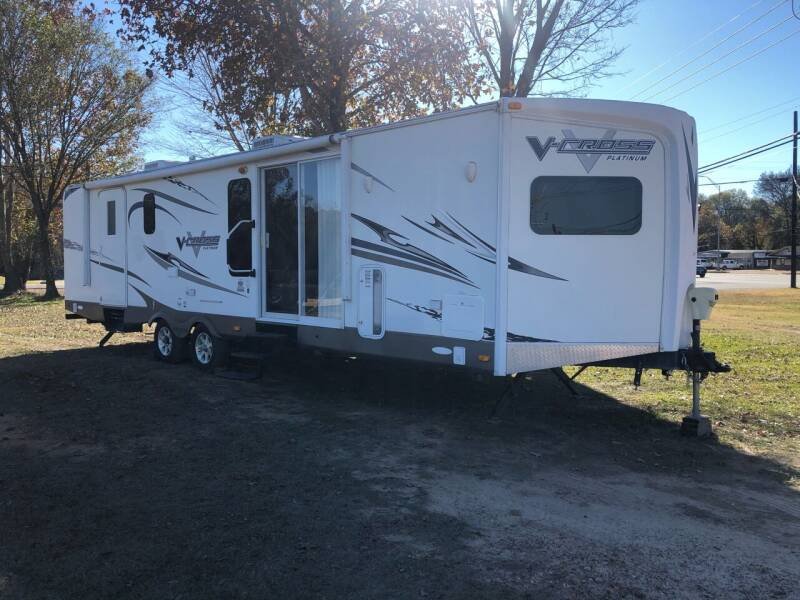 2012 FOR SALE!!! 2012 V-CROSS 33VFKS for sale at S & R RV Sales & Rentals, LLC in Marshall TX