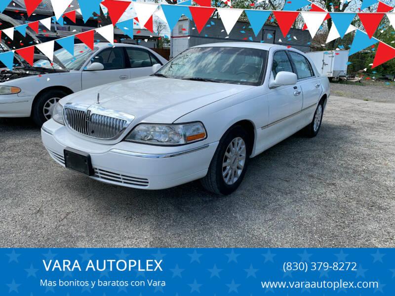 2006 Lincoln Town Car for sale at VARA AUTOPLEX in Seguin TX