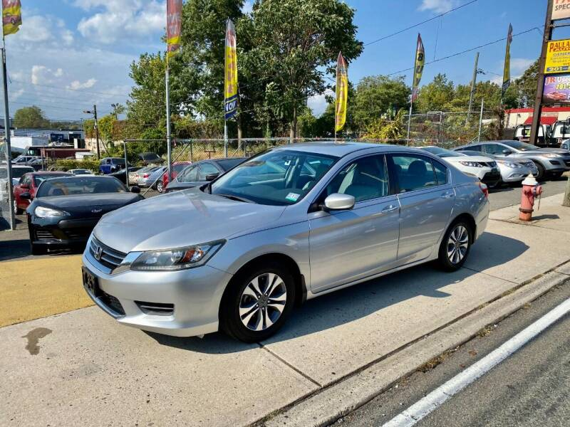 2014 Honda Accord for sale at JR Used Auto Sales in North Bergen NJ