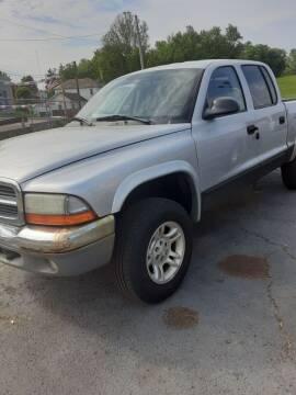 2004 Dodge Dakota for sale at Bates Auto & Truck Center in Zanesville OH