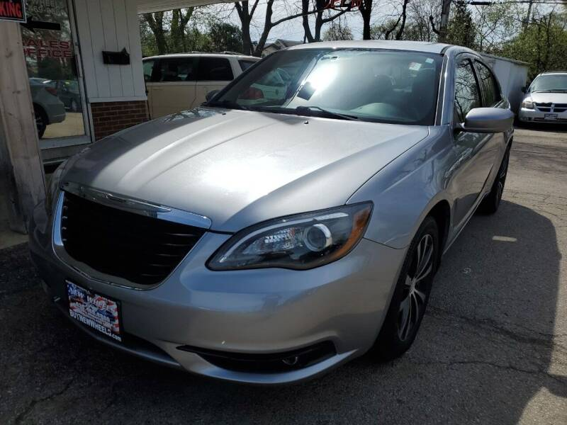 2014 Chrysler 200 for sale at New Wheels in Glendale Heights IL
