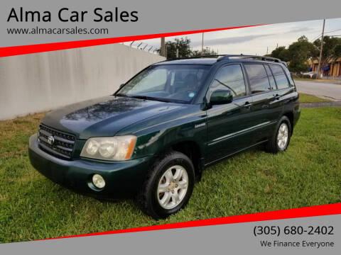 2002 Toyota Highlander for sale at Alma Car Sales in Miami FL