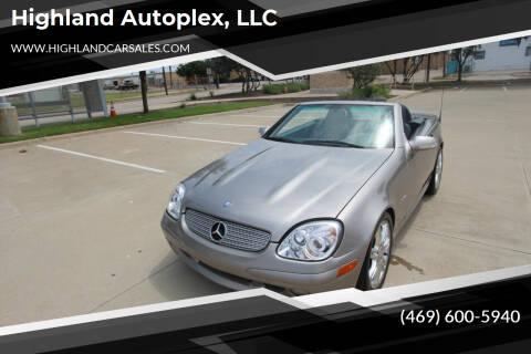 2004 Mercedes-Benz SLK for sale at Highland Autoplex, LLC in Dallas TX
