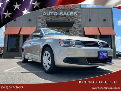 2013 Volkswagen Jetta for sale at HORTON AUTO SALES, LLC in Linn MO