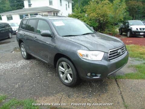 2008 Toyota Highlander for sale at Vans Vans Vans INC in Blauvelt NY