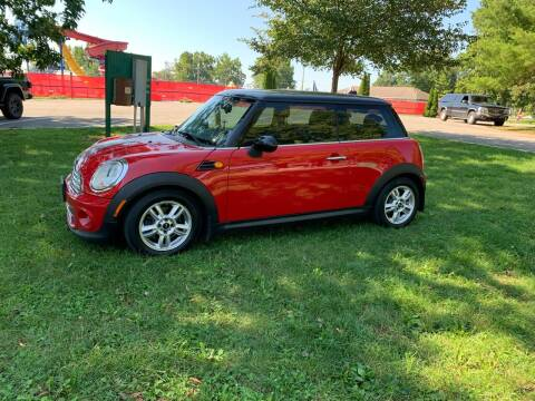 2013 MINI Hardtop for sale at Clarks Auto Sales in Connersville IN