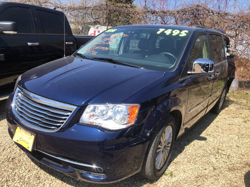 2016 Chrysler Town and Country for sale at Don's Sport Cars in Hortonville WI