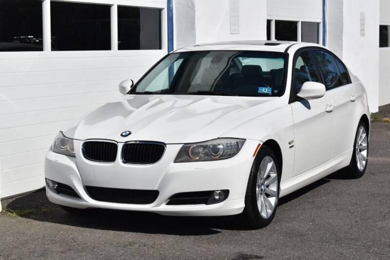 2011 BMW 3 Series for sale at IdealCarsUSA.com in East Windsor NJ