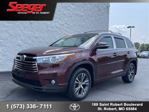 2016 Toyota Highlander for sale at SEEGER TOYOTA OF ST ROBERT in Saint Robert MO