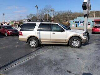 2013 Ford Expedition for sale at Howard Johnson's  Auto Mart, Inc. in Hot Springs AR