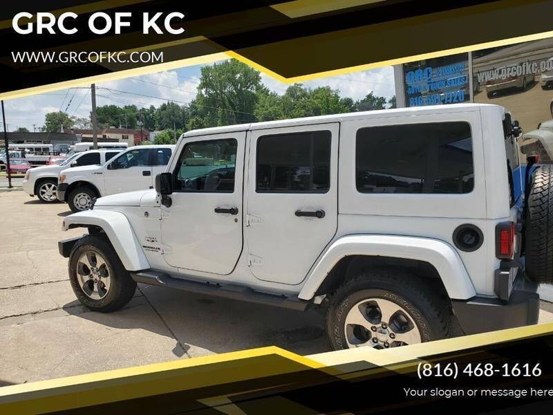 2017 Jeep Wrangler Unlimited for sale at GRC OF KC in Gladstone MO