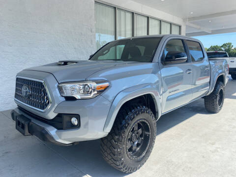 2018 Toyota Tacoma for sale at Powerhouse Automotive in Tampa FL