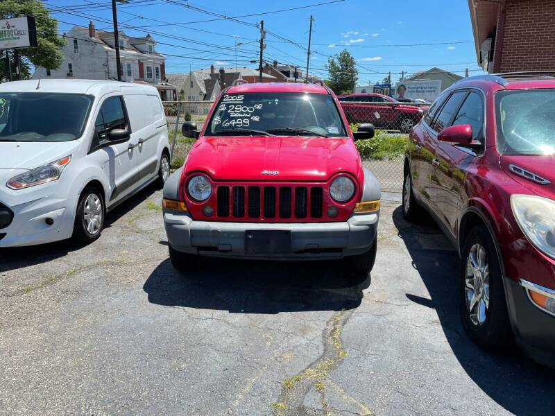 2005 Jeep Liberty for sale at Chambers Auto Sales LLC in Trenton NJ