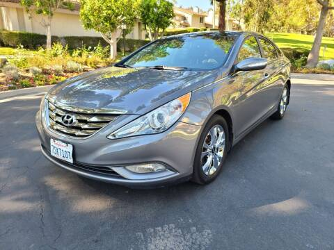 2013 Hyundai Sonata for sale at E MOTORCARS in Fullerton CA
