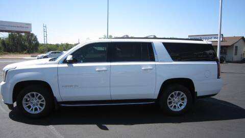 2017 GMC Yukon XL for sale at Auto Shoppe in Mitchell SD