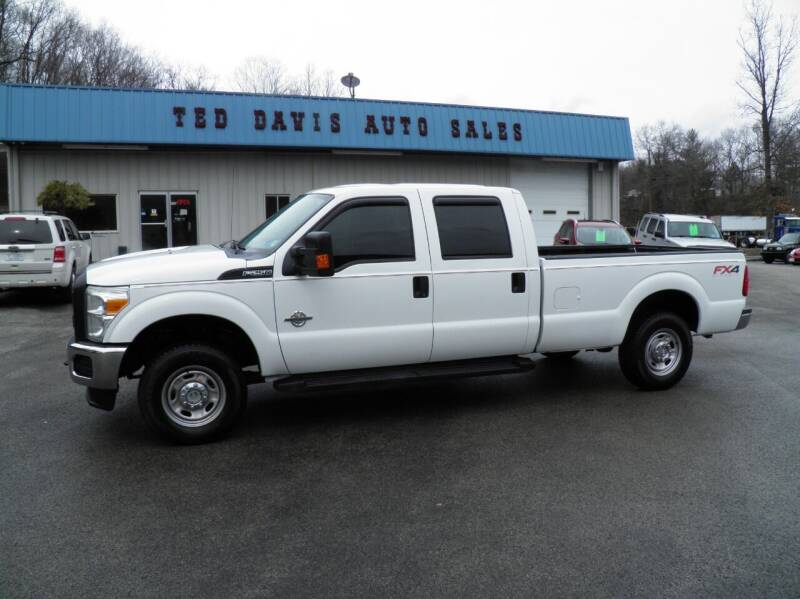2011 Ford F-250 Super Duty for sale at Ted Davis Auto Sales in Riverton WV