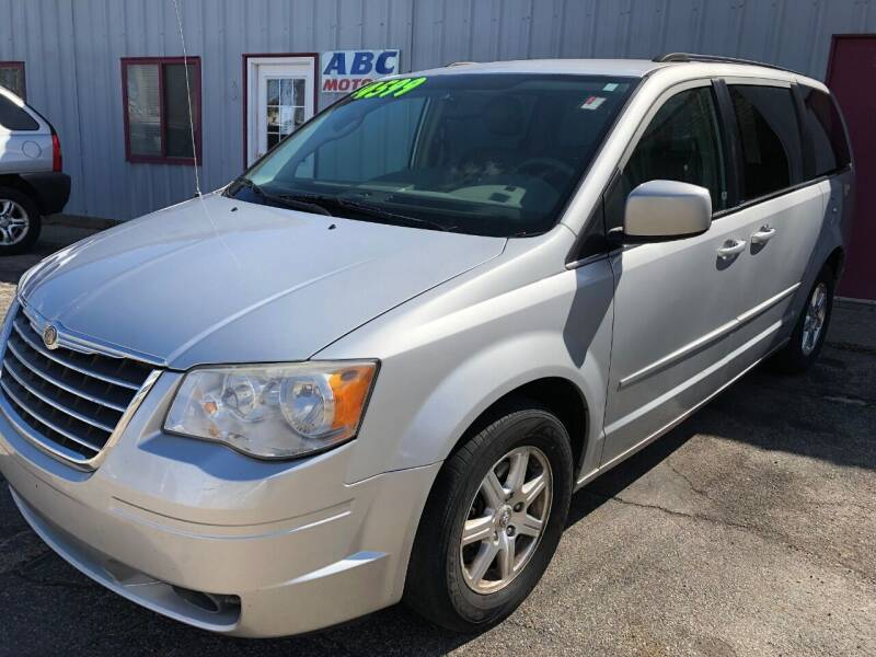 2008 Chrysler Town and Country for sale at ABC Motors in Wyoming MI