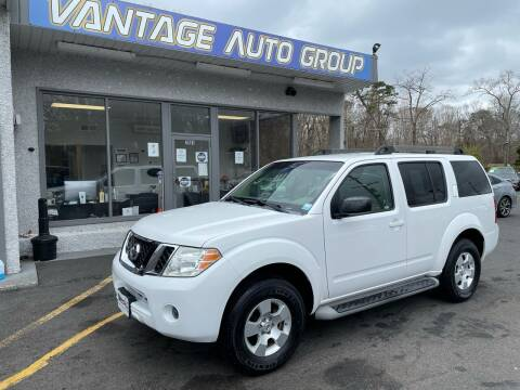 2009 Nissan Pathfinder for sale at Vantage Auto Group in Brick NJ