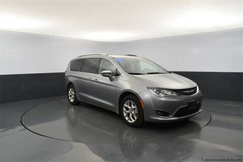 2019 Chrysler Pacifica for sale at Tim Short Auto Mall in Corbin KY