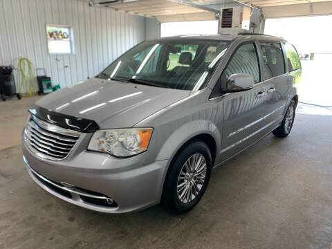 2013 Chrysler Town and Country for sale at Bennett Motors, Inc. in Mayfield KY