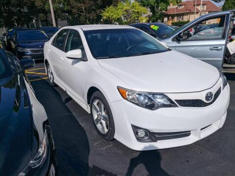 2013 Toyota Camry for sale at CLASSIC MOTOR CARS in West Allis WI