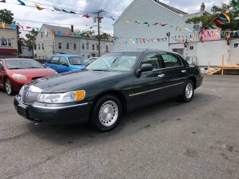 2002 Lincoln Town Car for sale at 21st Ave Auto Sale in Paterson NJ