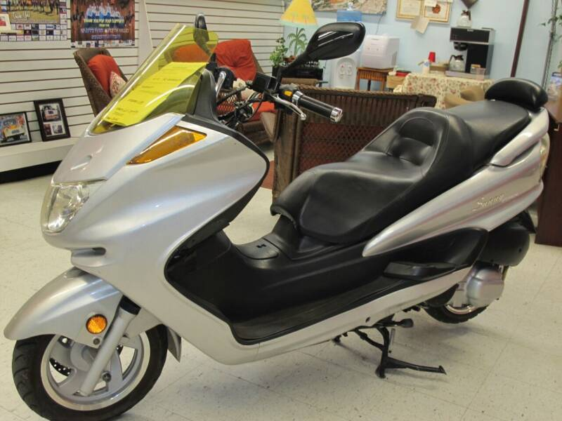 2011 DONFANG DF250 SCOOTER for sale at Oregon RV Outlet LLC - Other in Grants Pass OR