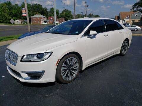 2018 Lincoln MKZ for sale at STRUTHER'S AUTO MALL in Austintown OH