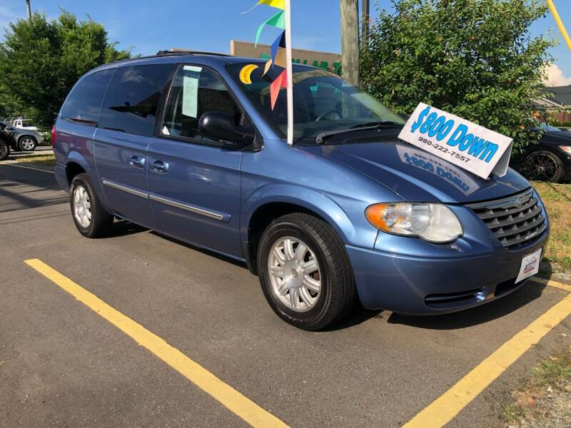 2007 Chrysler Town and Country for sale at Affordable Autos at the Lake in Denver NC